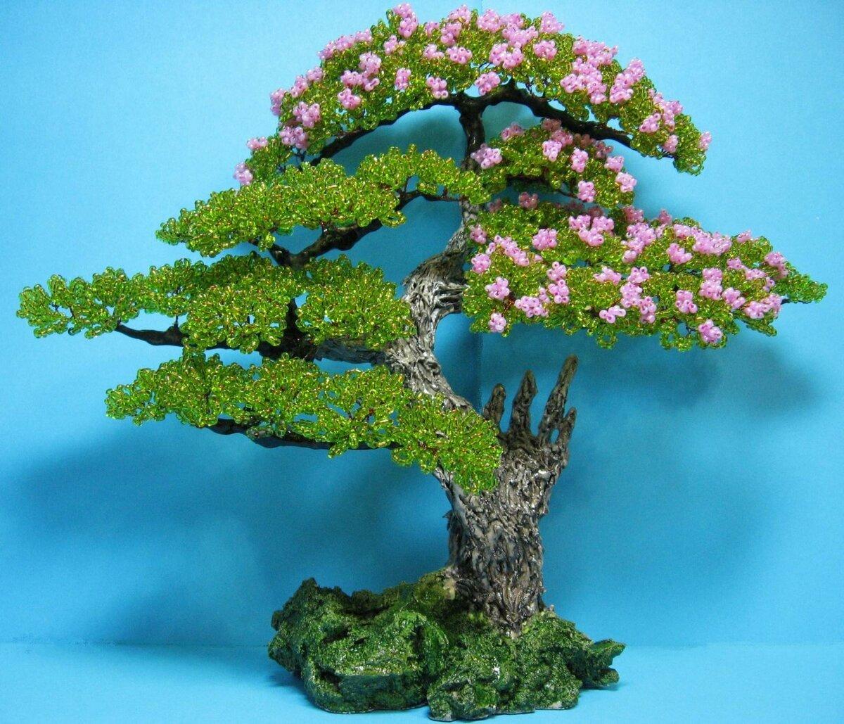 Самодельное дерево из бисера