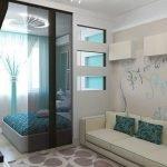 Подвесной потолок в интерьере гостиной-спальни