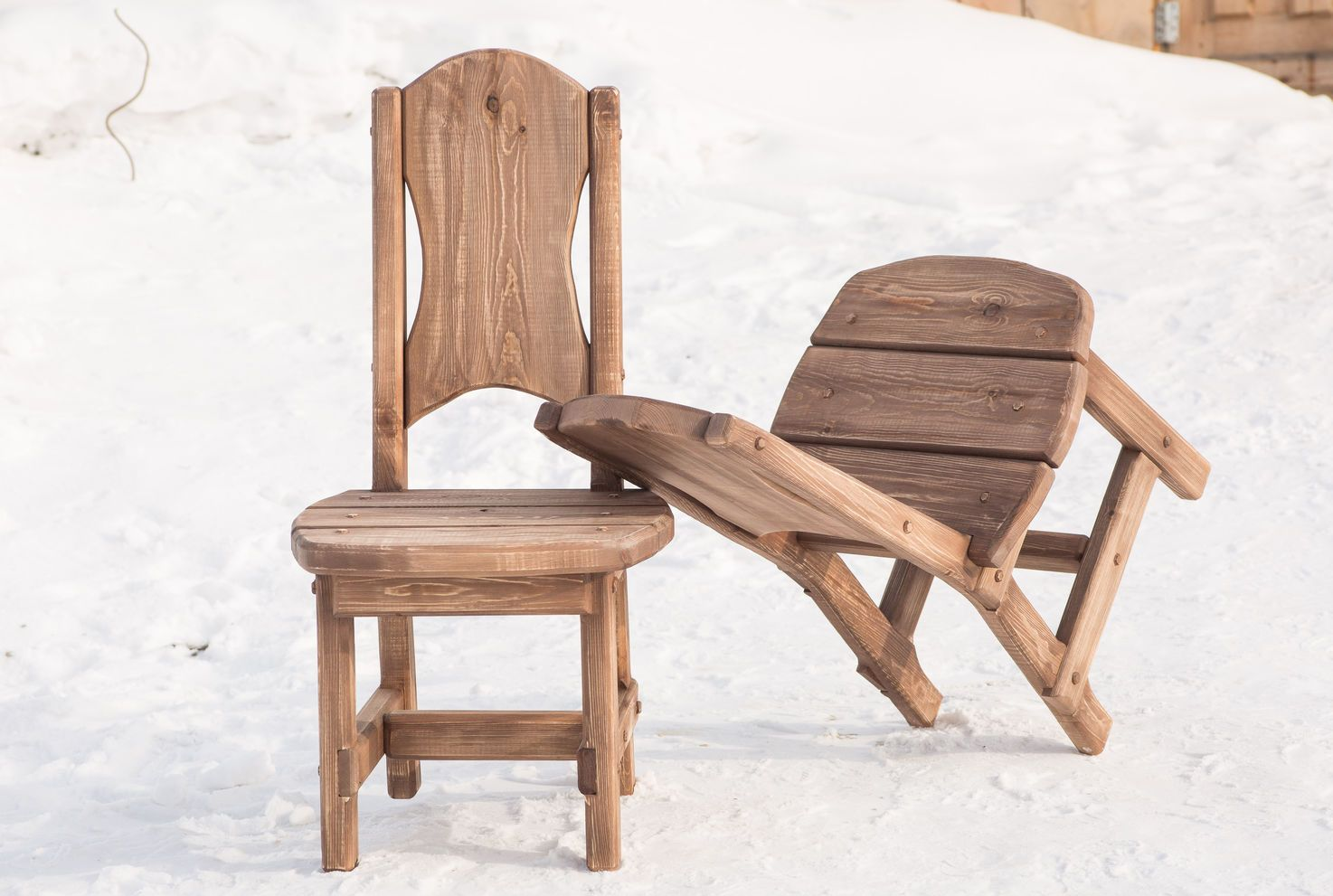 Массивные стулья со спинкой