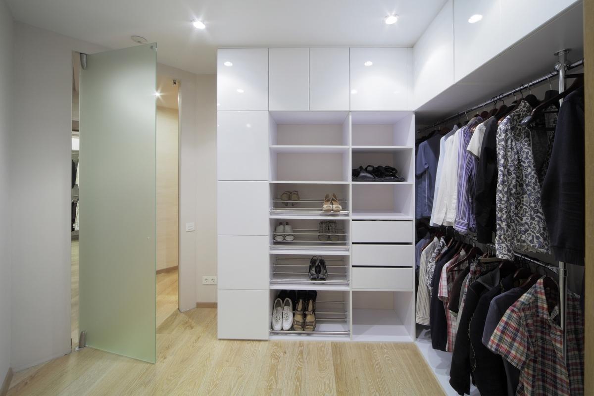 Угловая гардеробная система