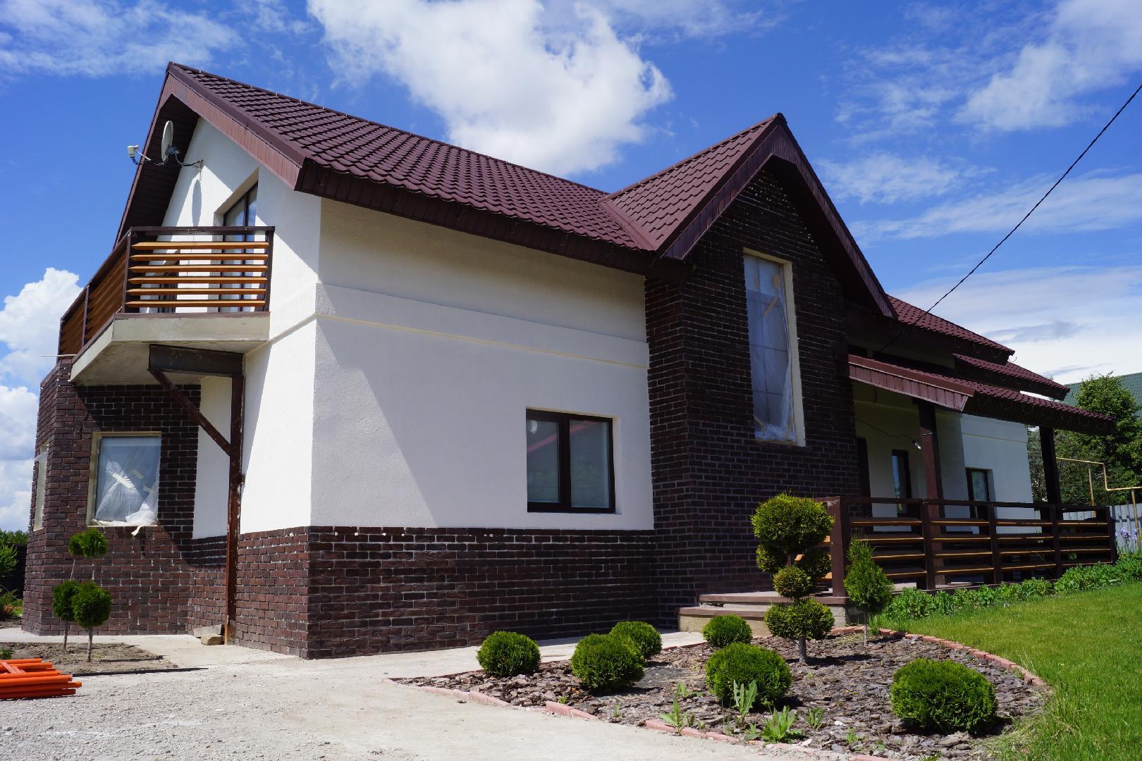 Фасады домов фото цветовая гамма готовые дома