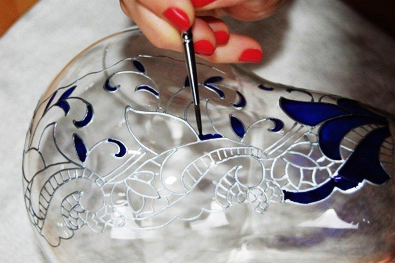 Контурная роспись стекла