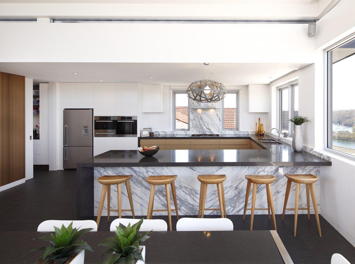 Выгодное расположение кухонного гарнитура