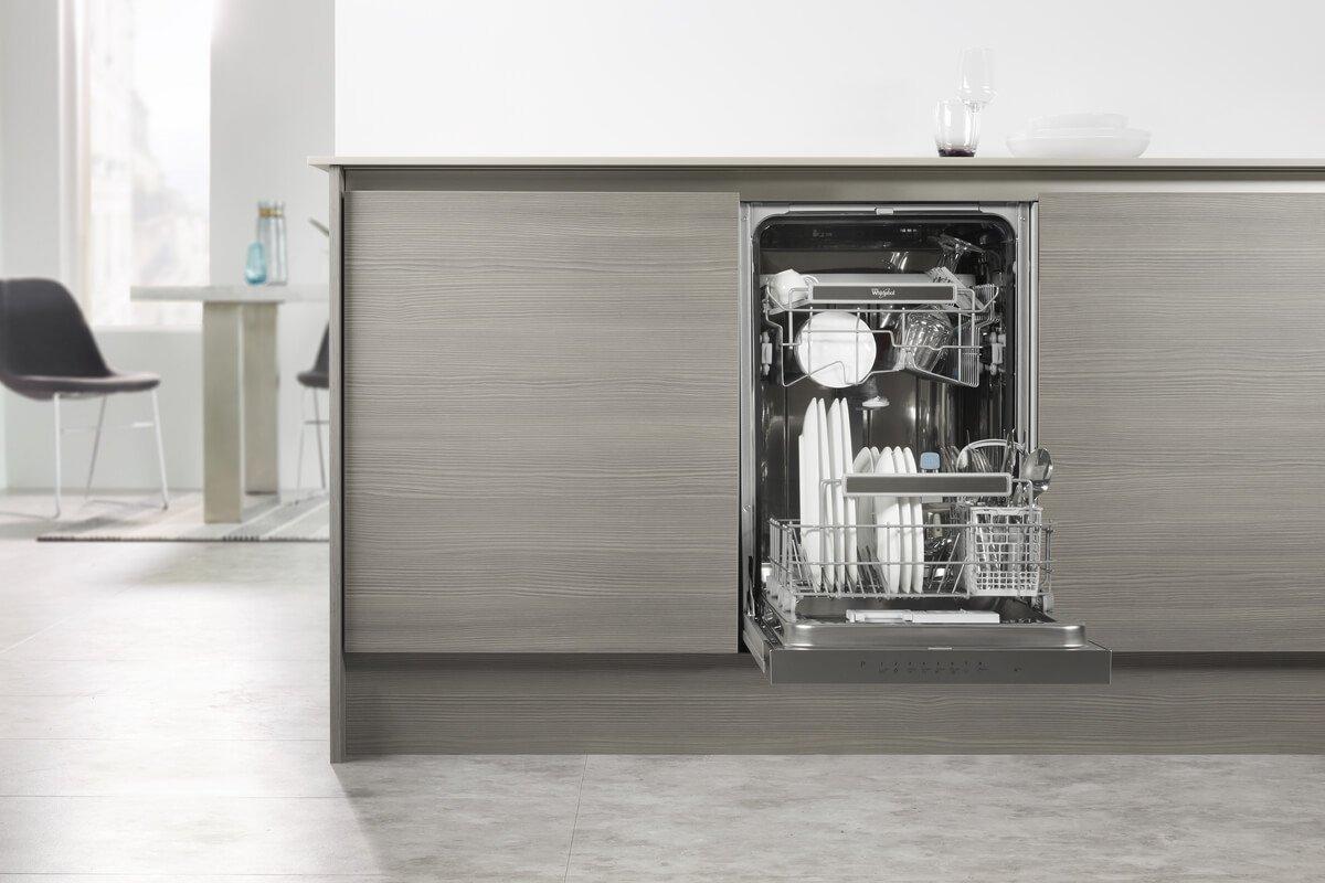 Размер встраиваемой посудомоечной машины