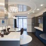 Дизайн кухни и потолка
