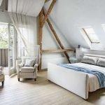 Кресла в спальне