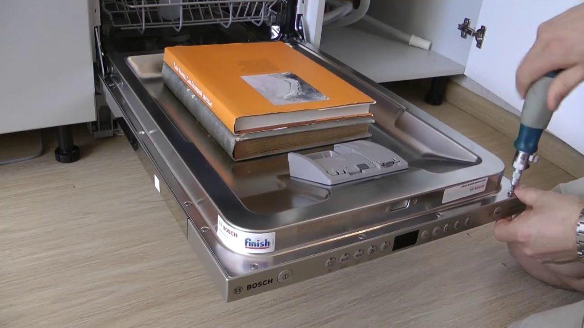 Установка фасадной дверцы посудомоечной машины