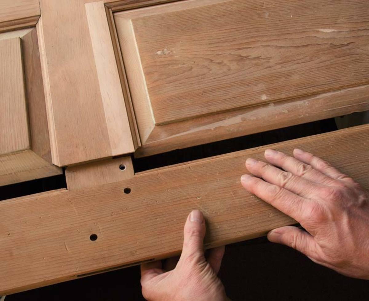 Изготовление филенчатой двери из дерева