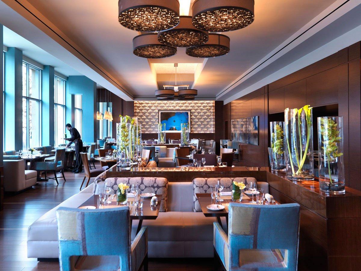 Ресторан в современном стиле