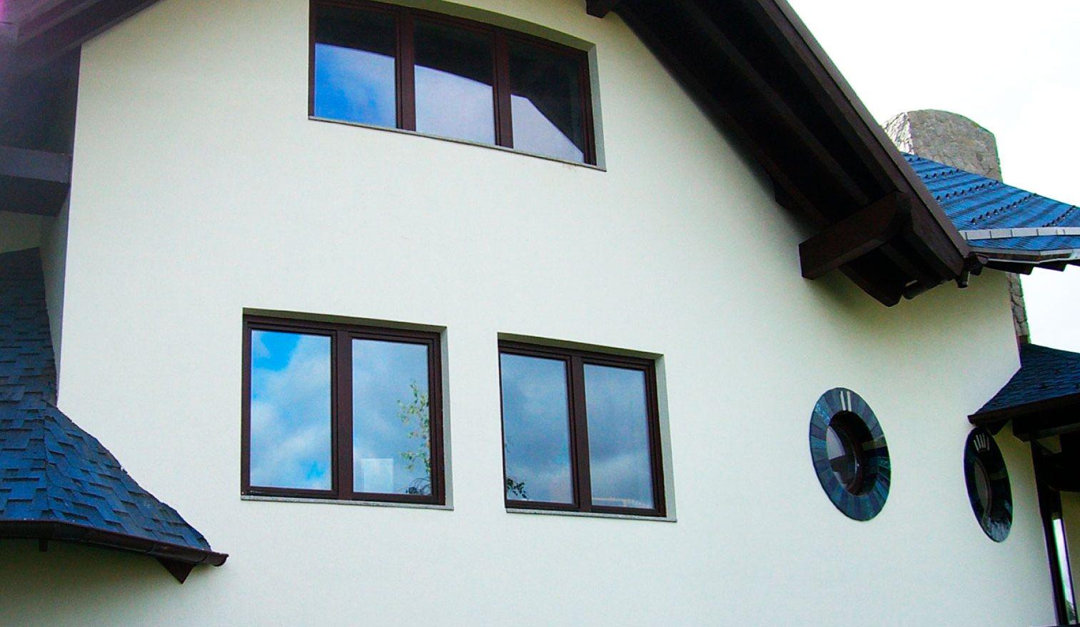 Теплоизолирующая штукатурка на фасаде