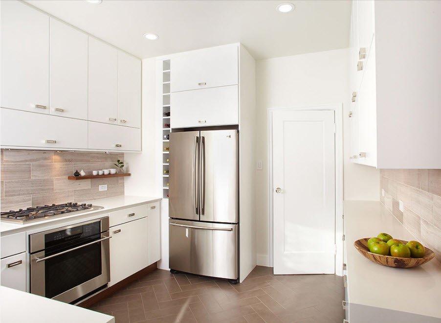 как лучше установить холодильник на кухне фото это сложный папиллярный