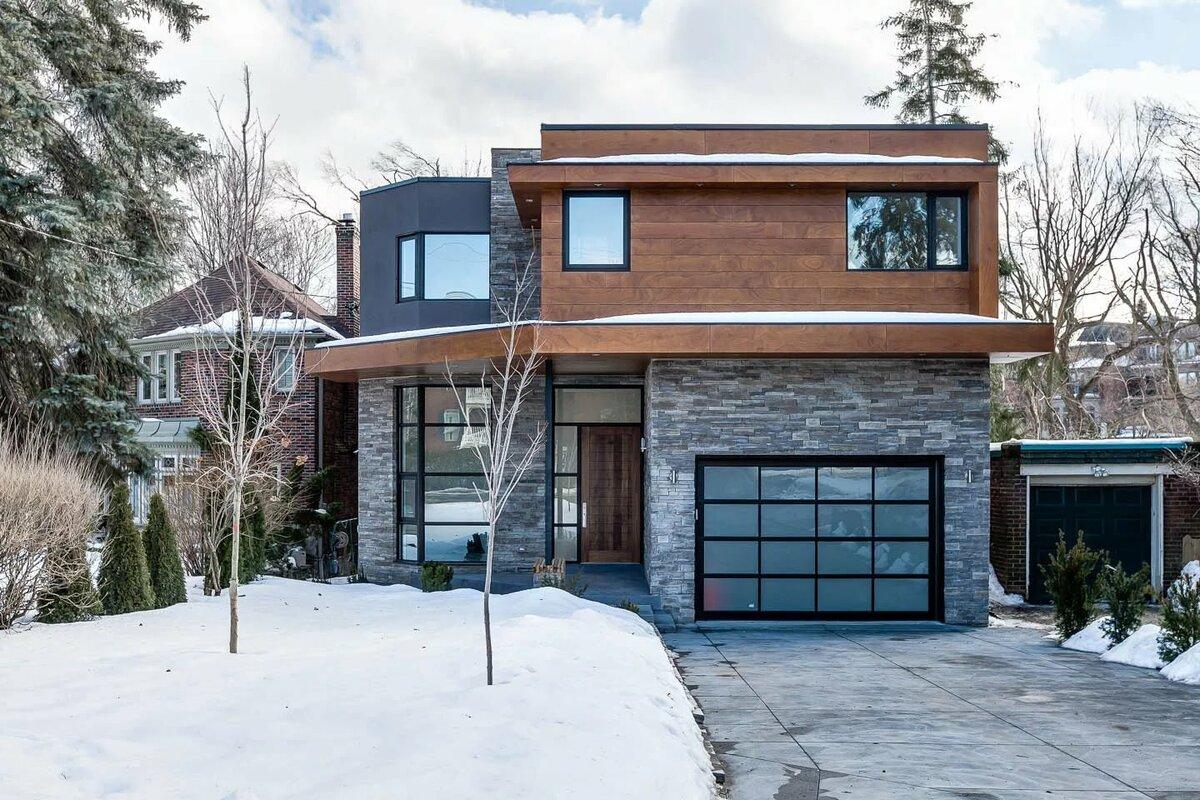 Большой дом в стиле хай-тек
