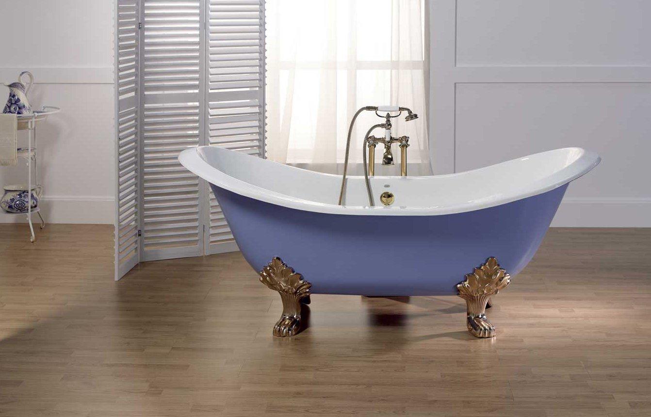 Овальная ванна из чугуна