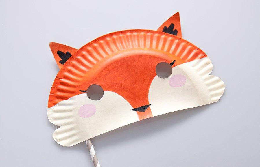 Маска из картонной тарелки