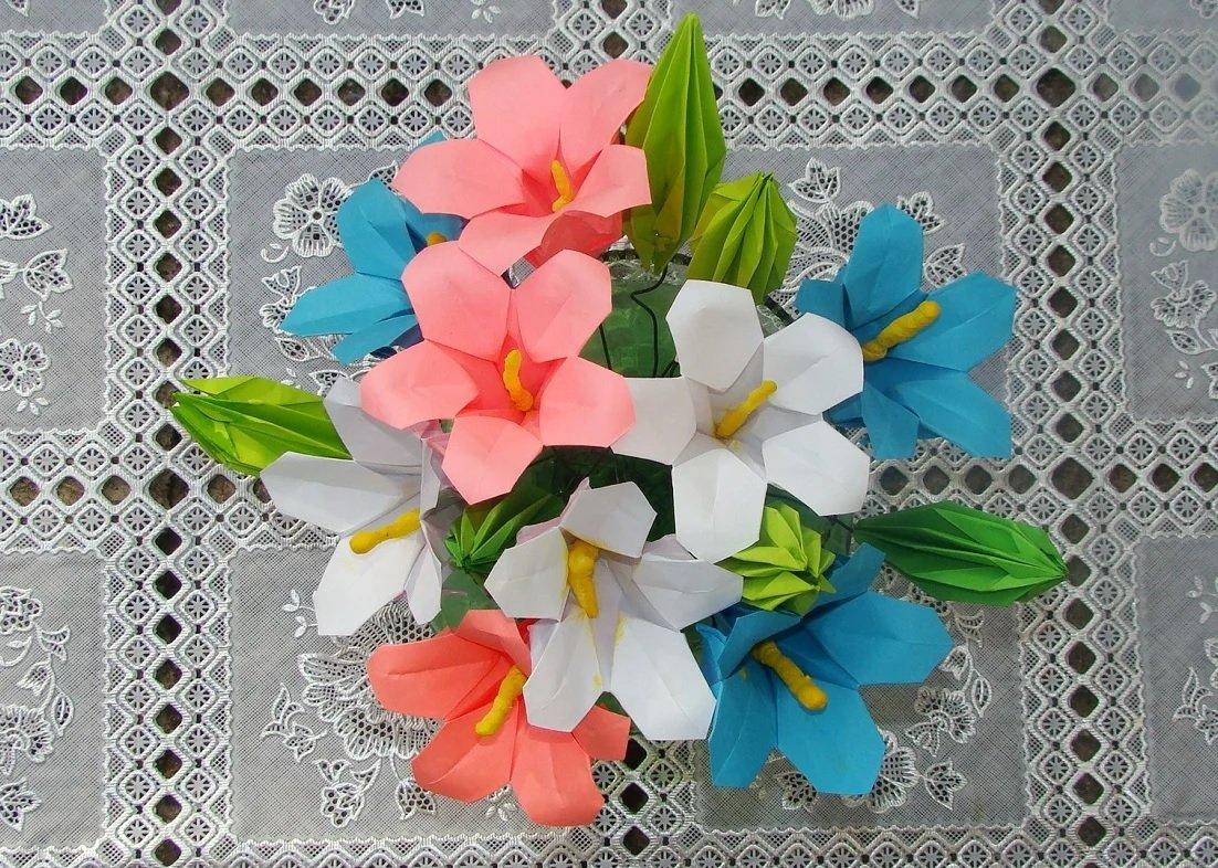 букет цветов из цветной бумаги своими руками острая