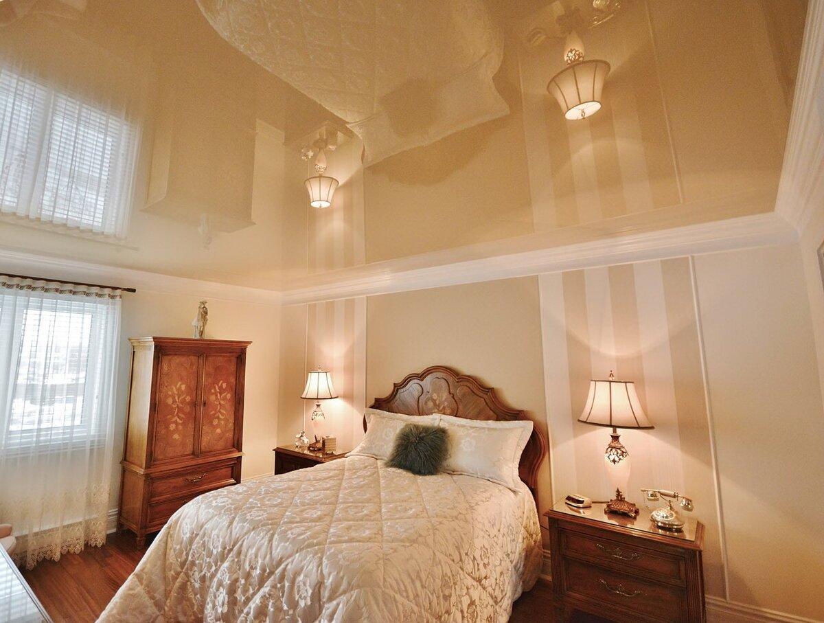 Натяжные потолки фотогалерея для узкой спальни фотоаппарат моментальной