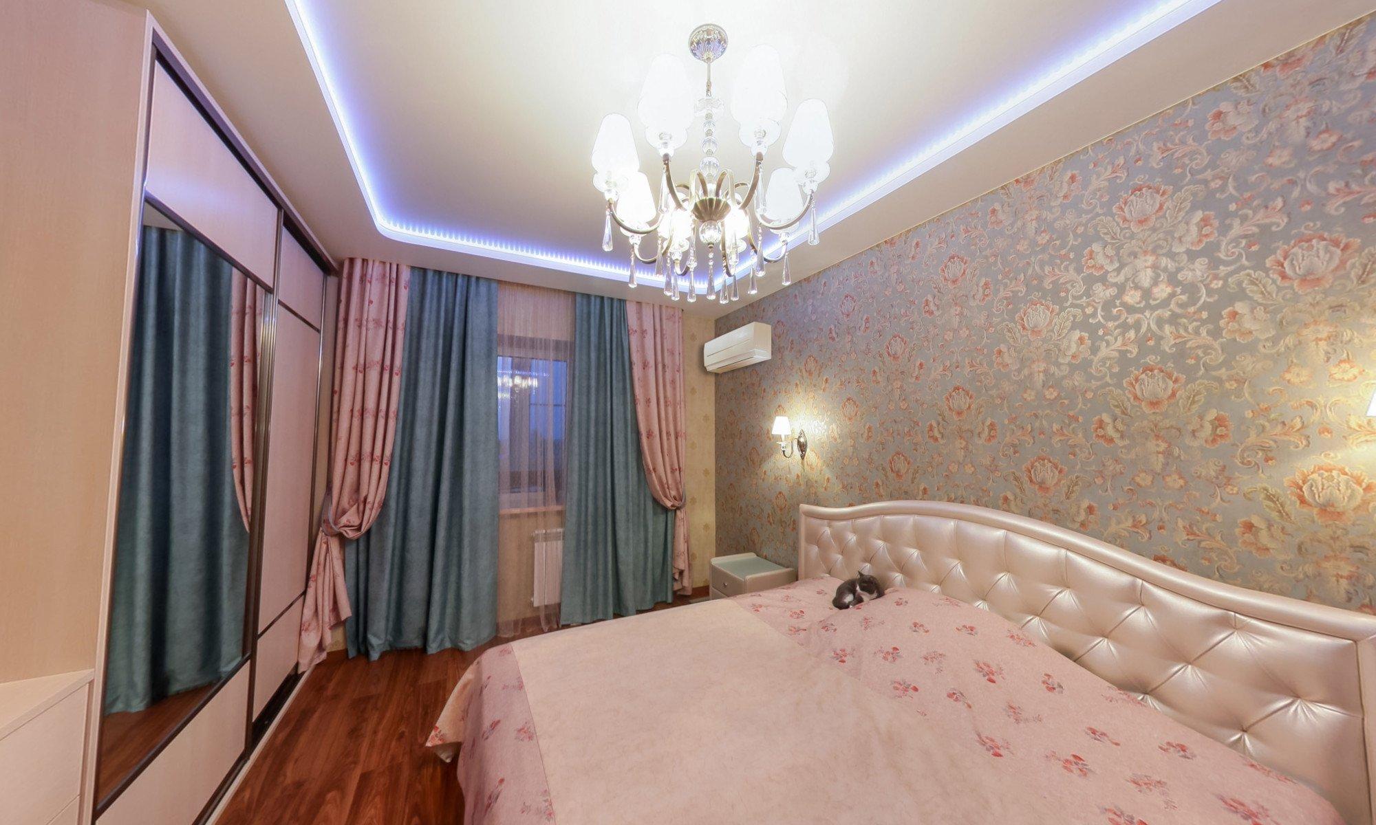 Комбинированные потолки в спальне