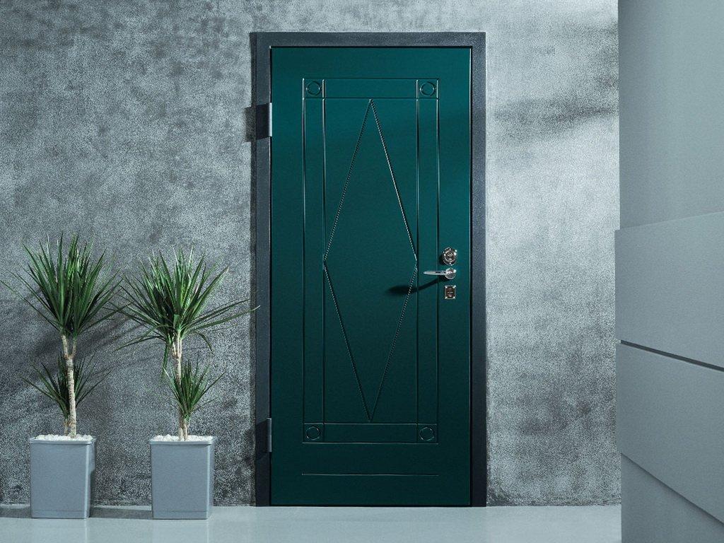 Выбор прочной двери для дома