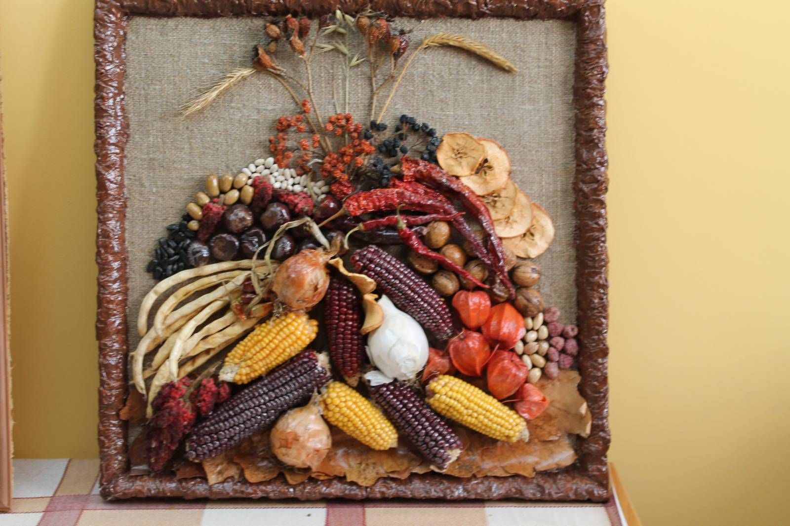 Осенние картинки из природного материала