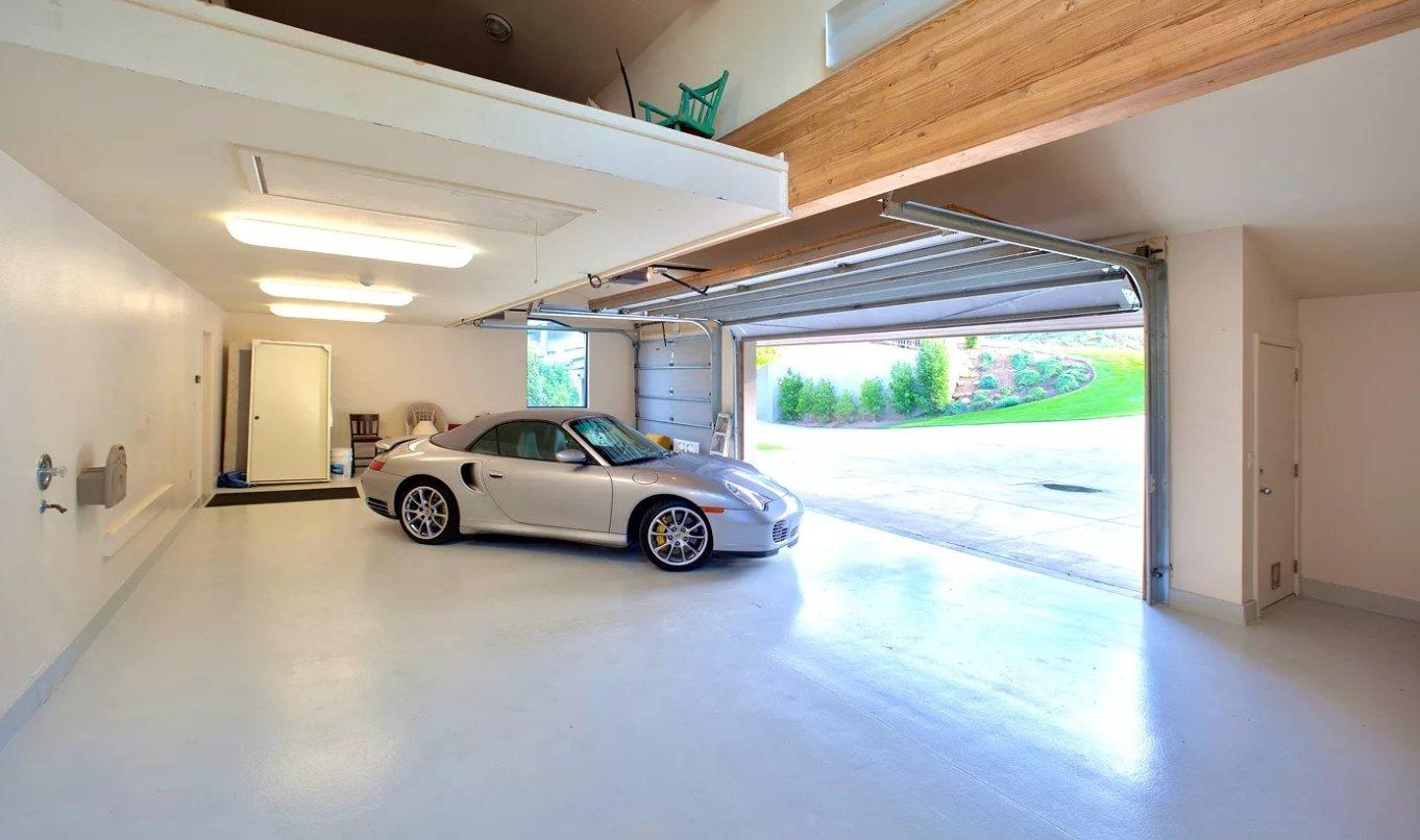 фото гаражей в частных домах внутри промышленности