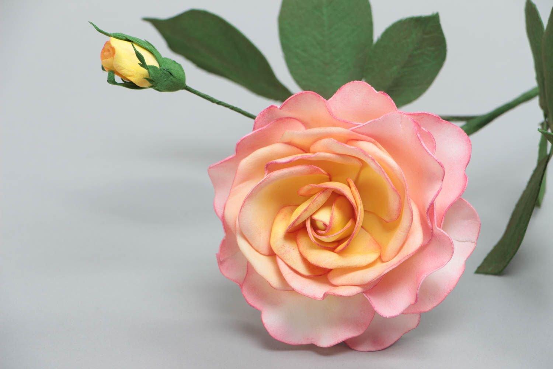 Роза и бутон
