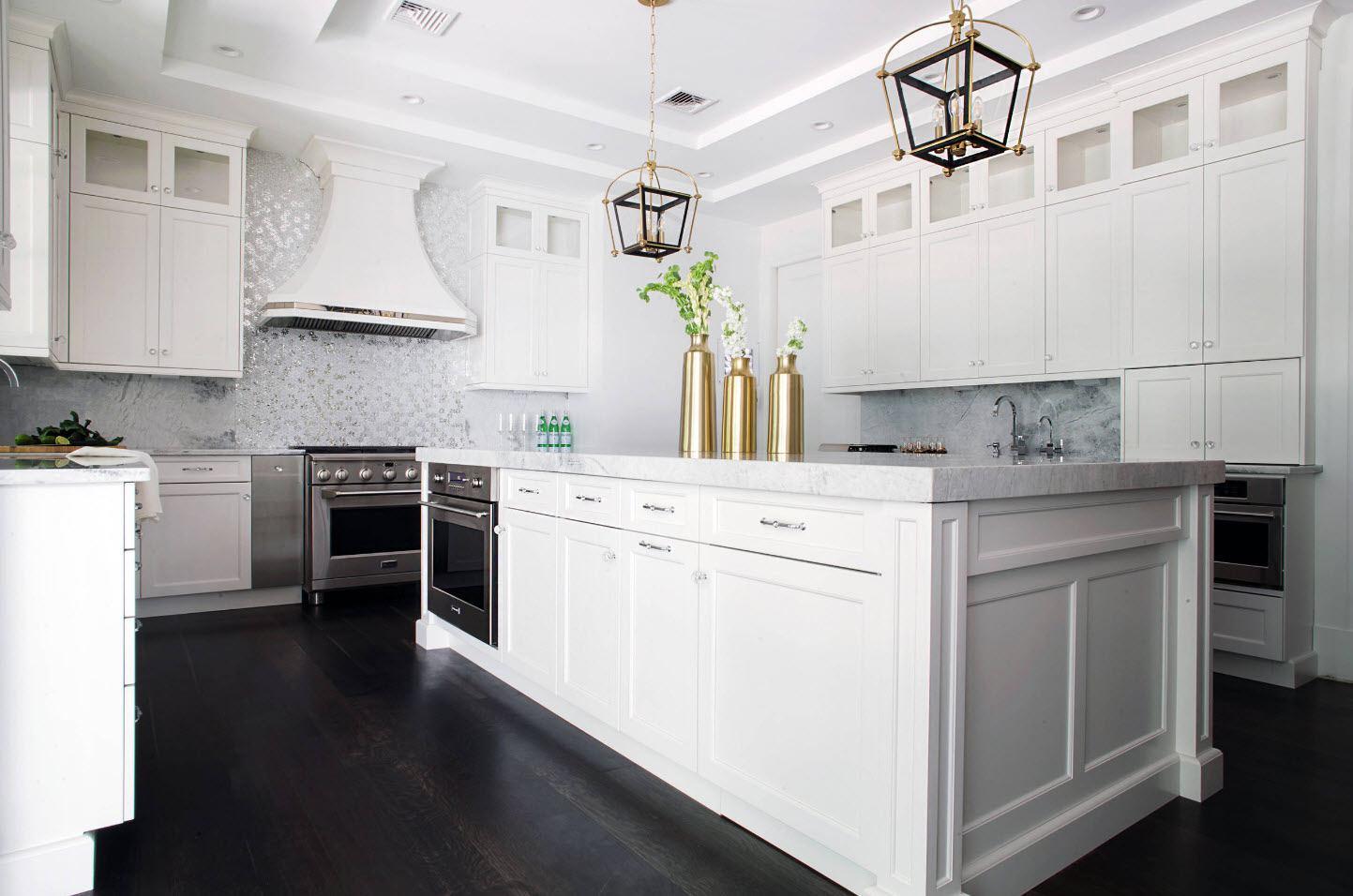 хороший трюк, красивая белая кухня фото оформлению тарт