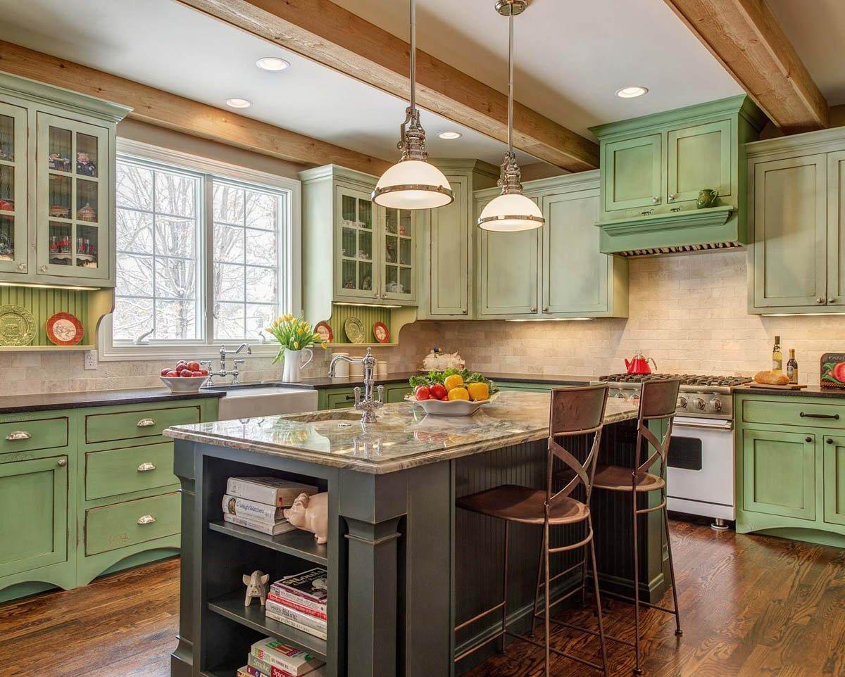 Зеленая кухня в стиле кантри