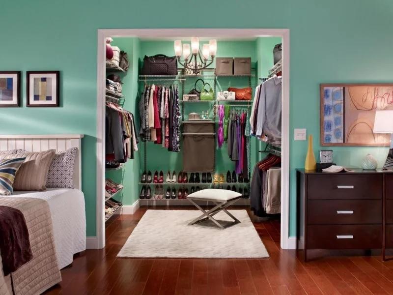 Освещение гардеробной в спальне