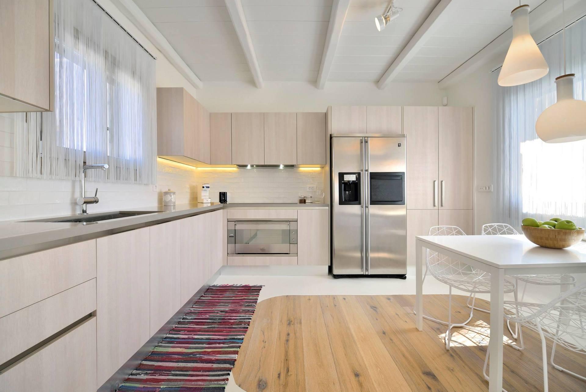 Кухня 12 кв м с г-образной планировкой