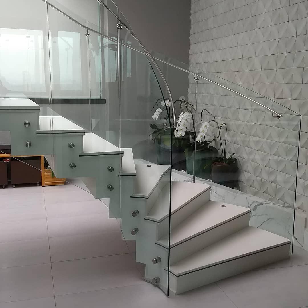 олигарх, перила для лестниц из стекла фото сайте застройщика появились