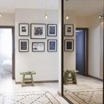 Картины в коридоре