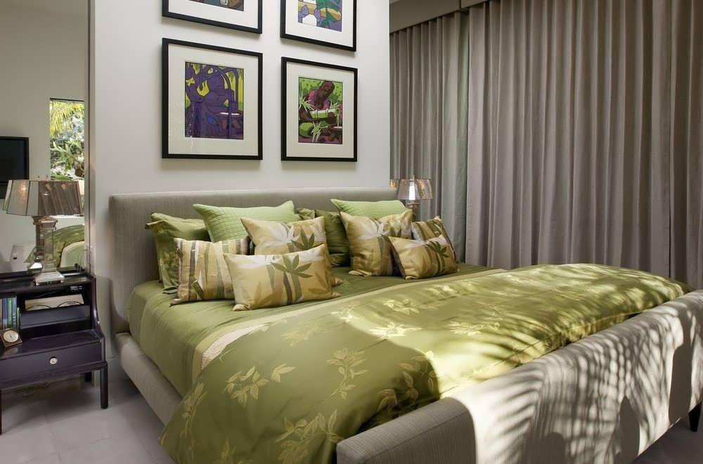 Оливковый текстиль
