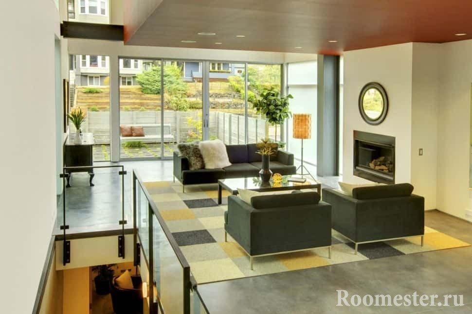 Обилие света в гостиной в стиле контемпорари