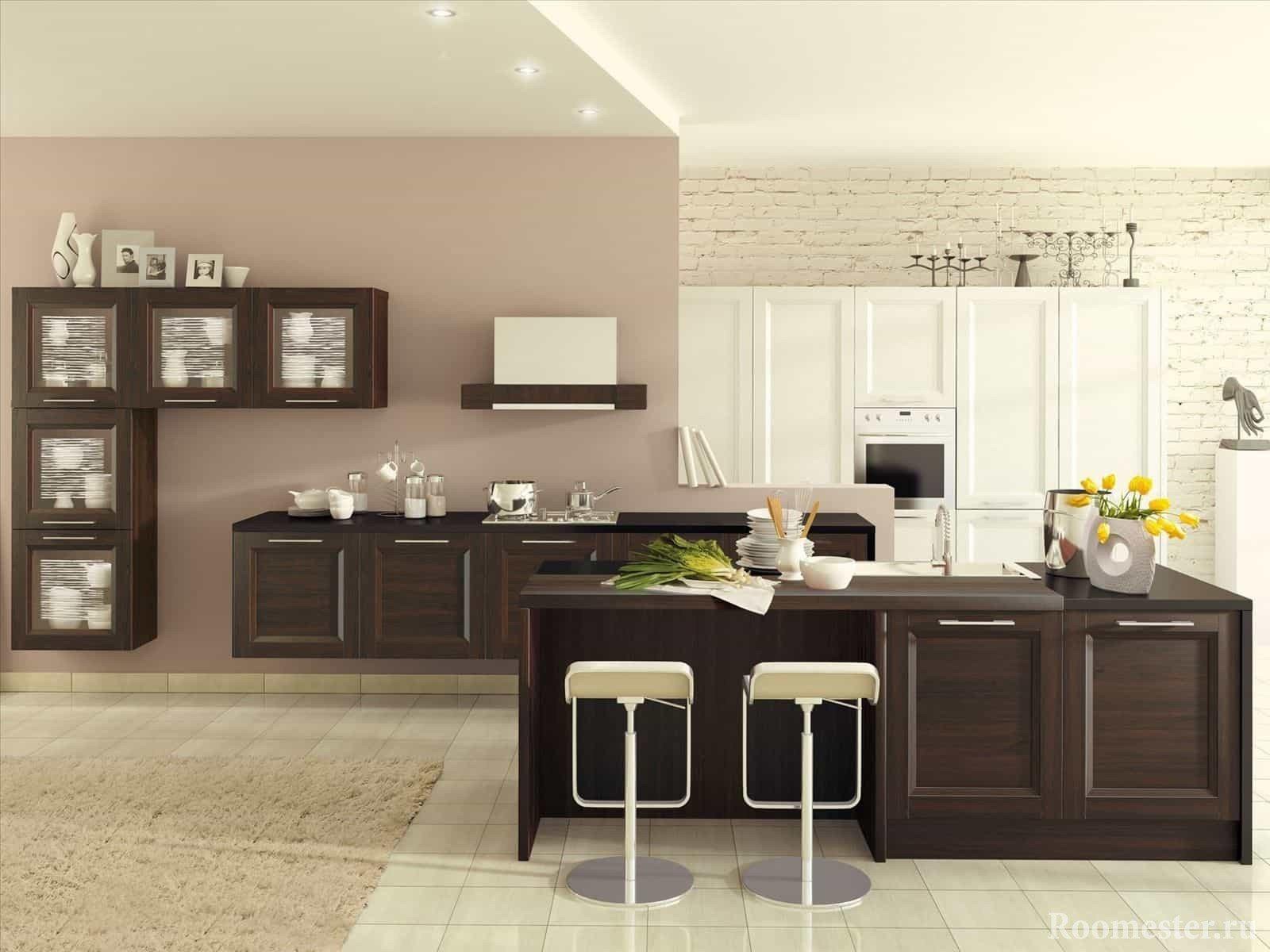 Светлая кухня в сочетании венге и белом