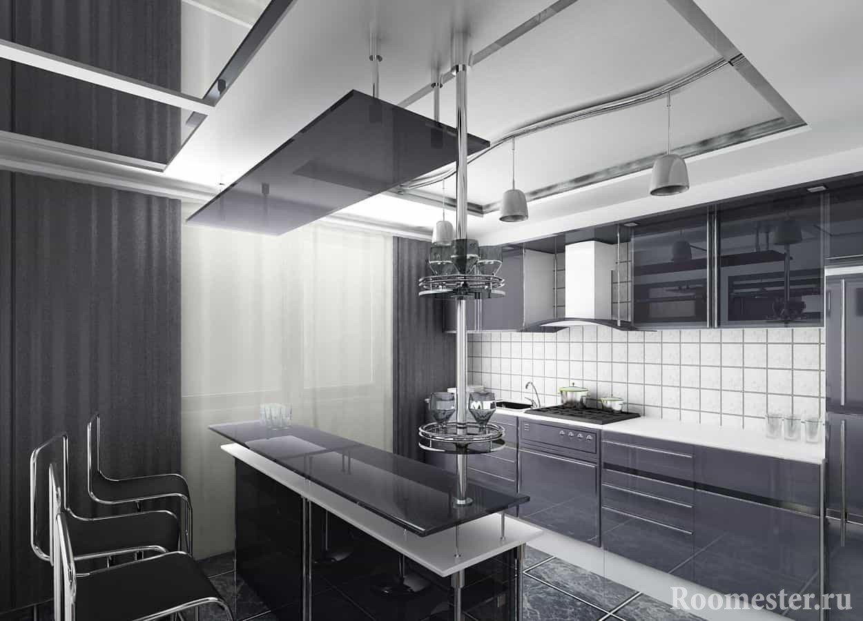 Темные шторы и темный фасад кухни сочетается с белым фартуком и потолком