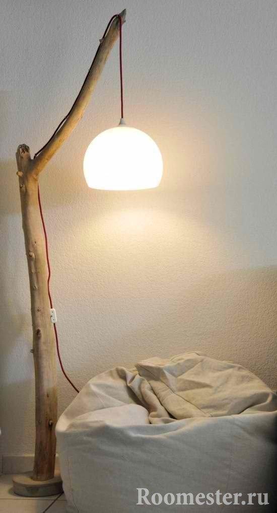 Светильник из горбыля