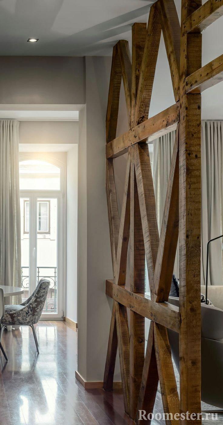 Декоративные балки в интерьере на потолке 35 фото идей