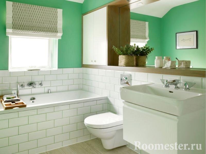Бело-зеленый совмещенный санузел