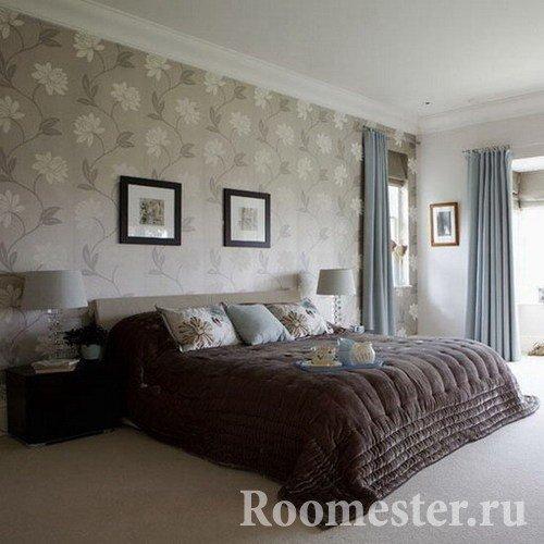 Дизайн обоев в спальне: виды и комбинирование в интерьере - 40 фото