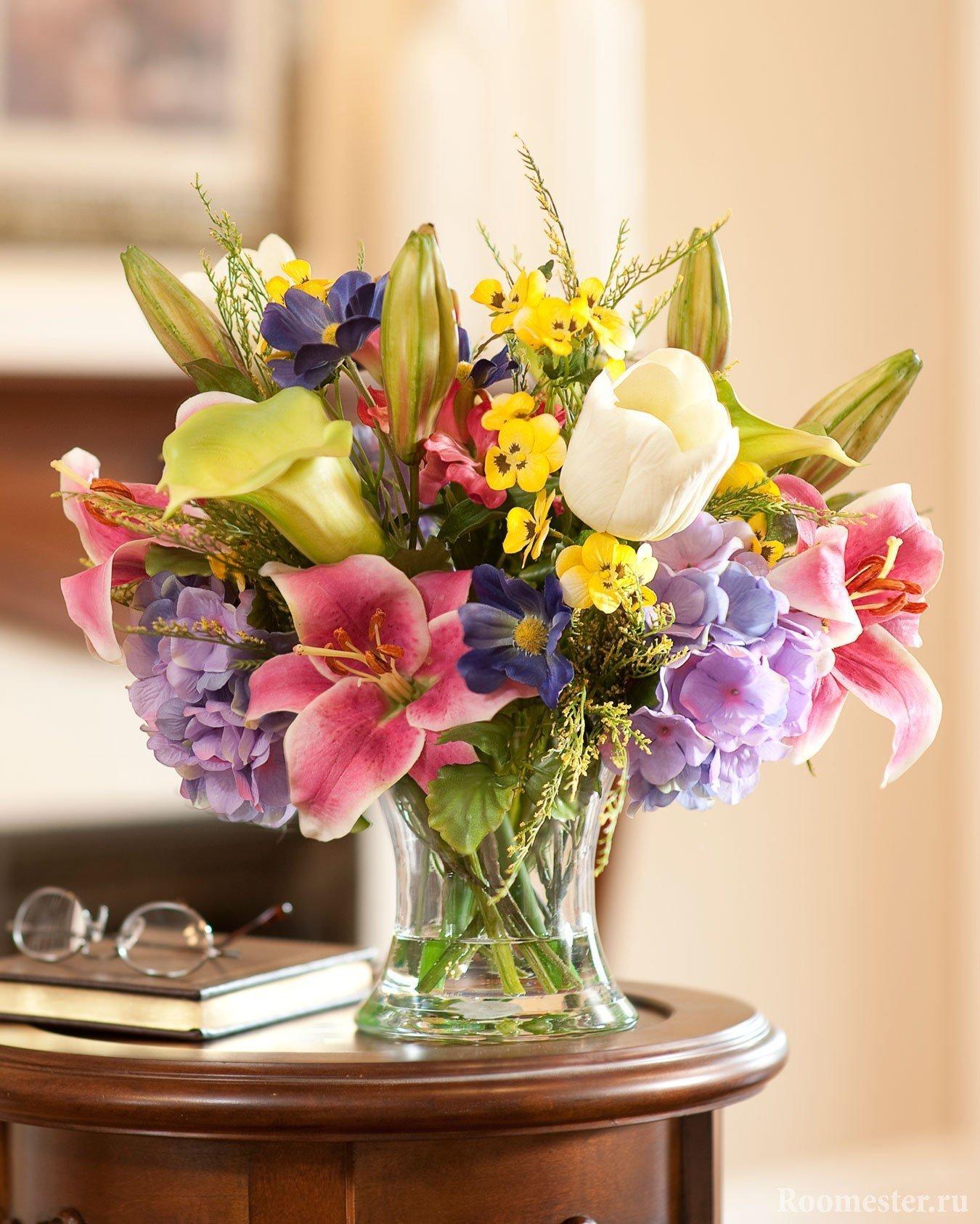 Яркое сочетание цветов для домашнего интерьера