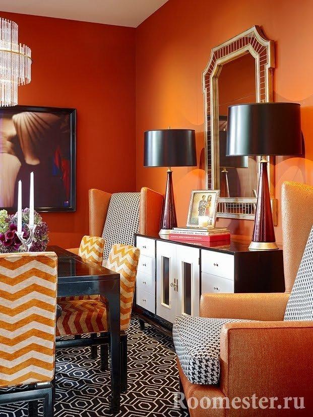 Оранжевые детали интерьера