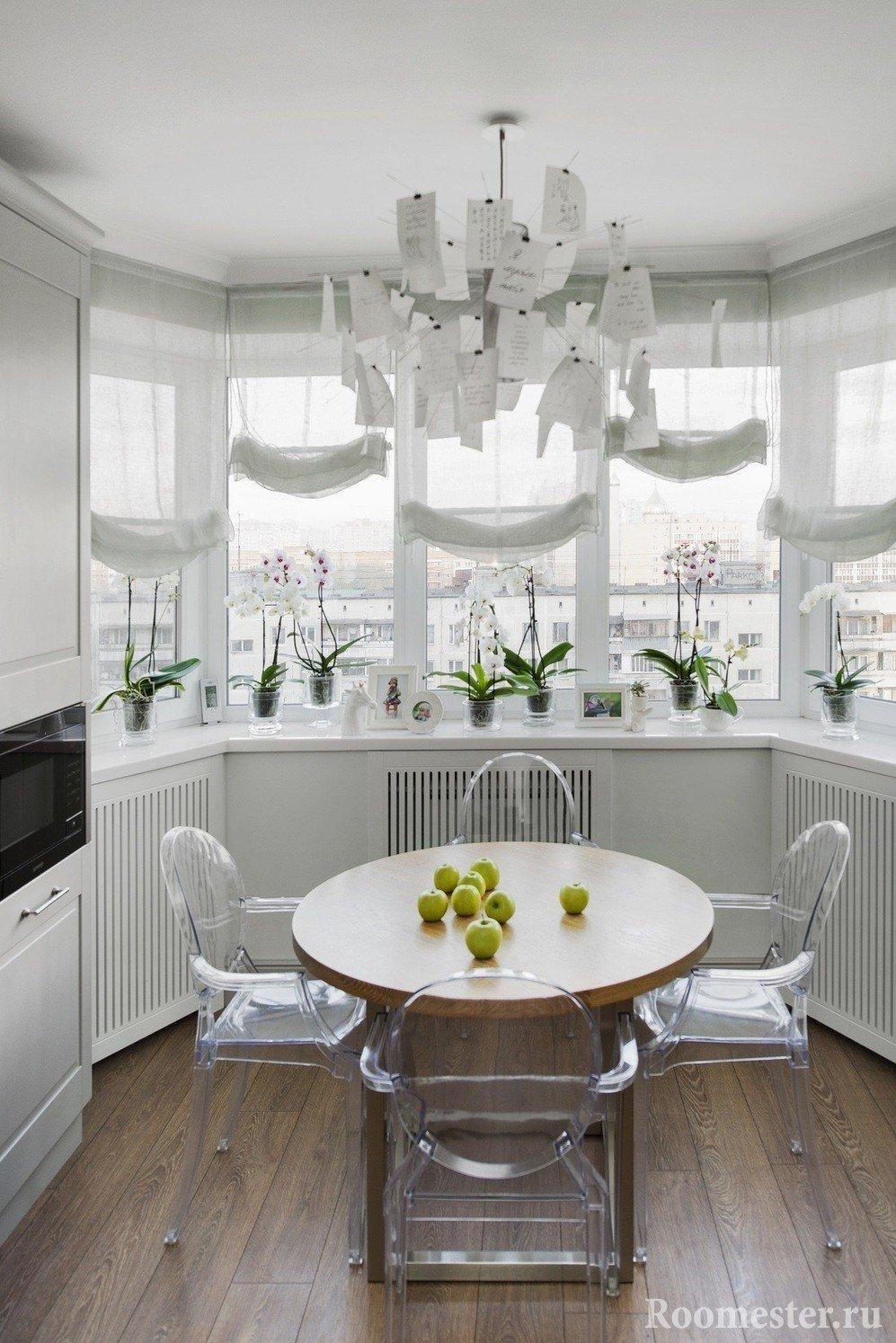 Дизайн кухни с балконом - 25 примеров интерьера.