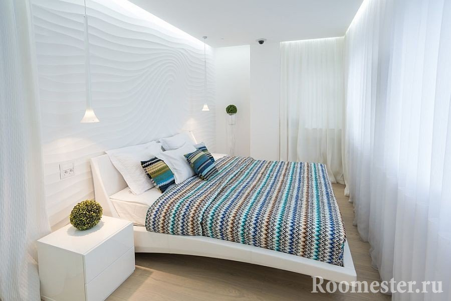 Объемные стены в спальне