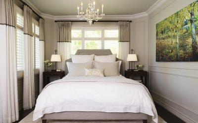 30 идей дизайна узкой спальни — планировка интерьера