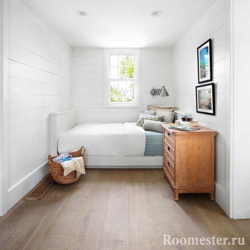 Кровать поперек комнаты