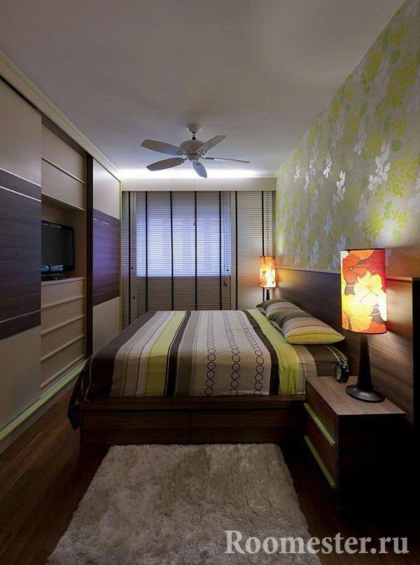 Длинная комната