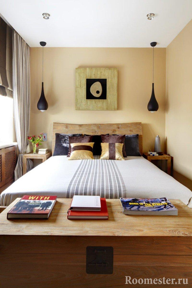 Интерьер спальни в узкой комнате