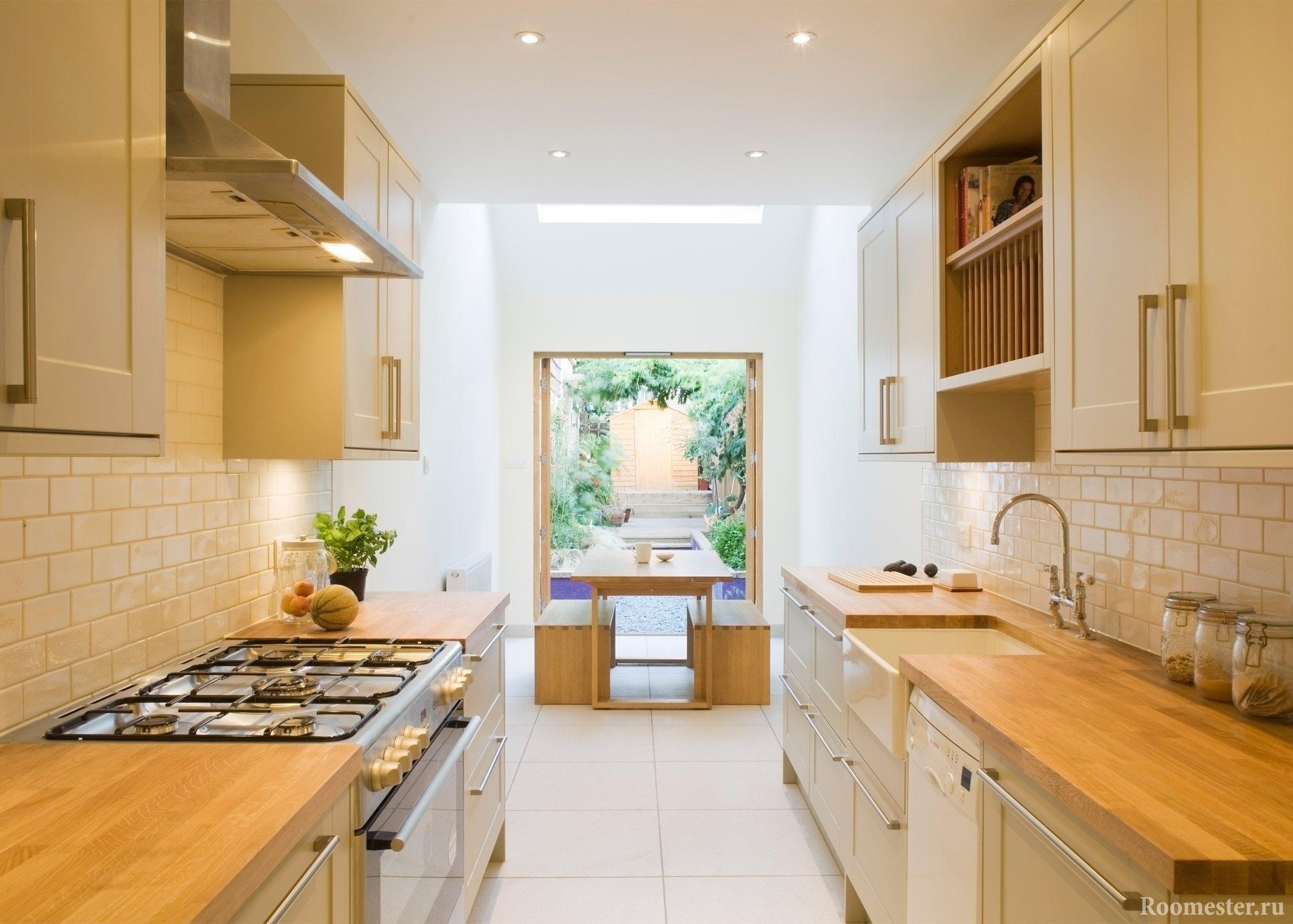 Длинная кухня со столовой