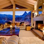 Гостиная в шале с видом на горы