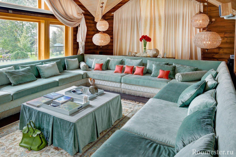 П-образный диван